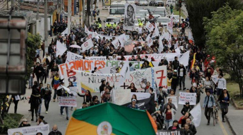 Marchas contra Duque