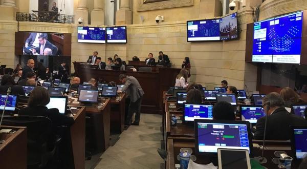 Senado de la República, Reforma a la Justicia, El Sia Radio