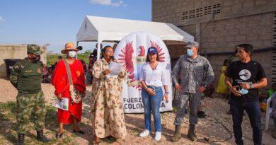 """Indígenas Wayúu y la Fuerza Aérea Colombiana, unidos en """"Recupera tu silla"""""""